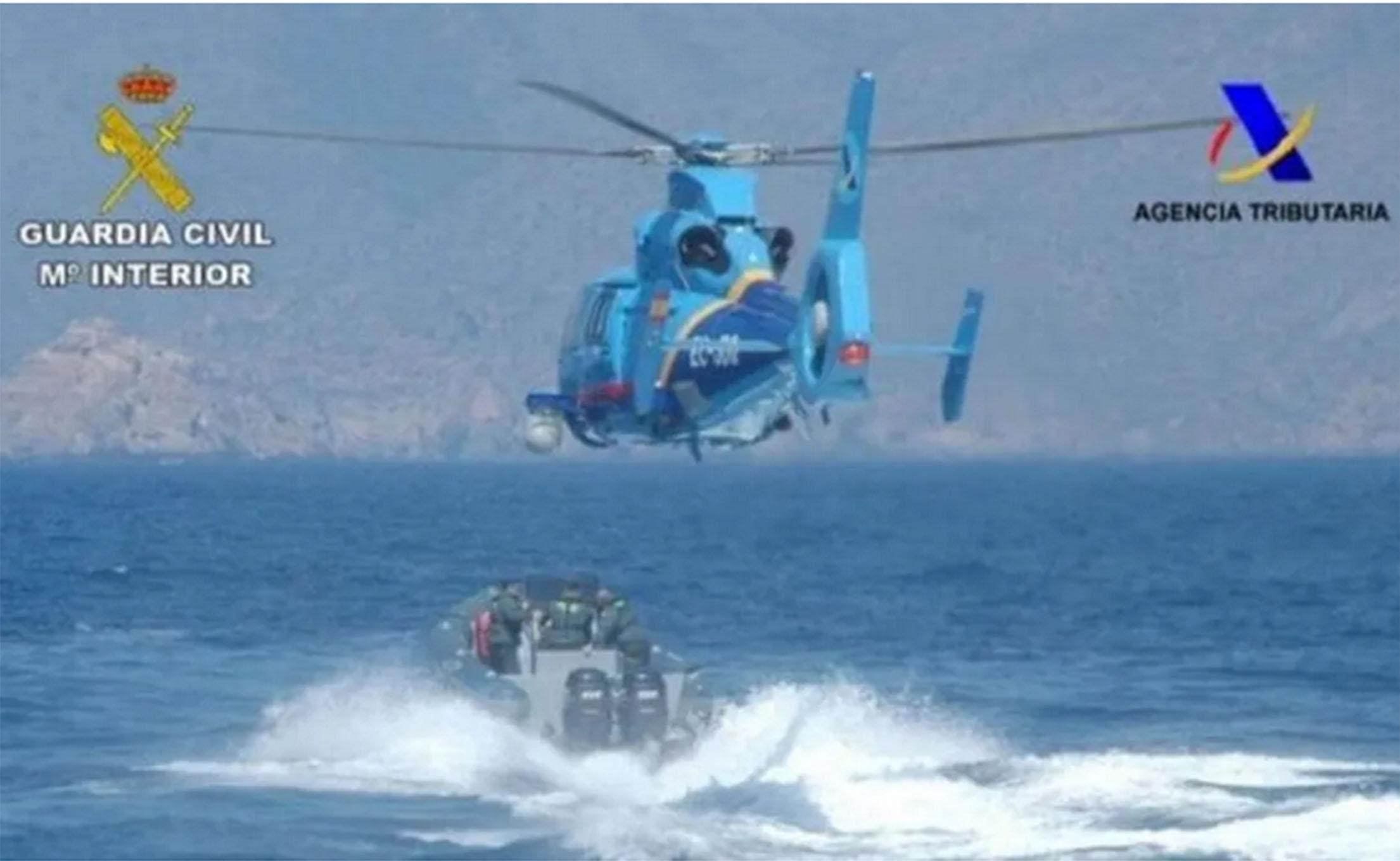 helicoptero-vigilancia-aduanera