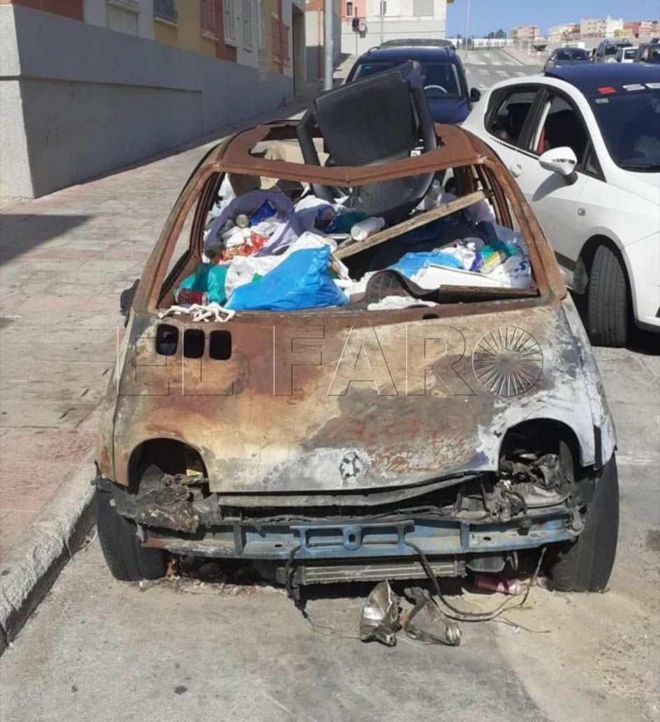coche-abandonado-basurero31